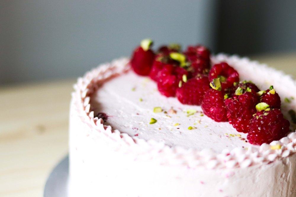 Zuger Kirsch Torte (with raspberry twist) 4